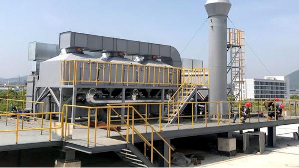 苏州33000m³/H喷漆废气采用活性炭吸附脱附+催化燃烧工艺竣工